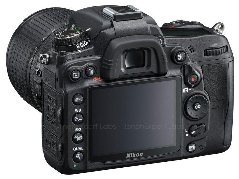 APN Reflex Nikon D7000